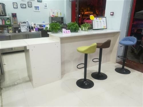 低价出售9成新的油炸,奶茶等设备,联系电话:18398515997