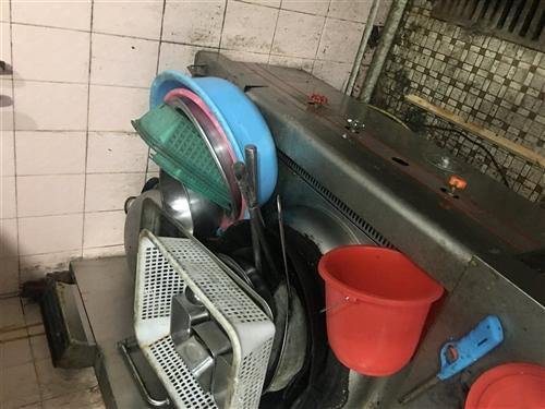 二手24盘蒸饭柜 和柴油灶低价出售