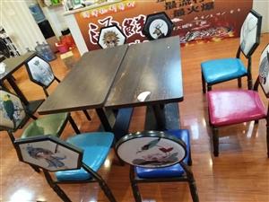 高档餐桌椅全套,一张桌子,四把椅子!原价6百!现2百一套!有十几套