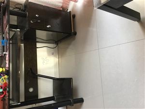 钢化玻璃面电脑桌,8成新