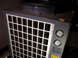 大型圣普诺空气能热水器用了两年多。价钱面议。需要的速度联系,号码15770760868小尹