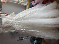 结婚时穿过的婚纱,敬酒服,男女秀合服及伴娘服现出租或出售,有意向的宝宝请联系我。1850937121...