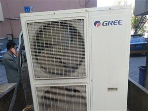 九成新格力中央空调!量大从优!安装自费(收费标准跟新的差不多)空调保修5年!