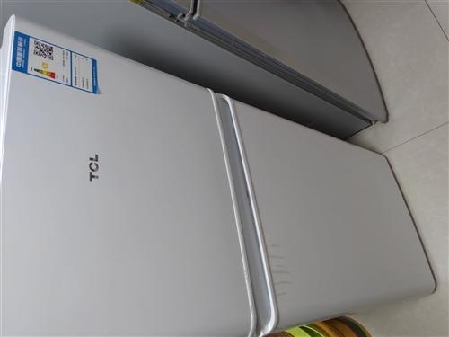 現有120升tcl冰箱出售(因嫌小),9成新,原價750元現價600出售。