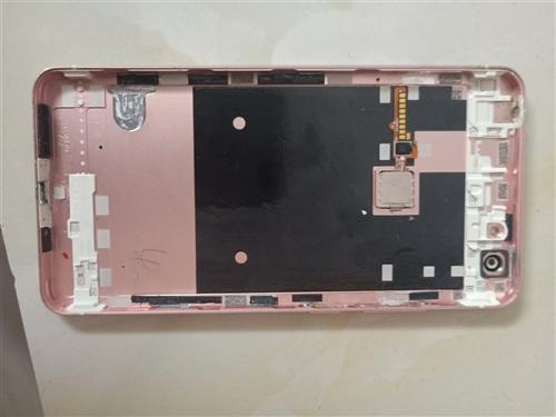 出售vivox6splus后盖 电池 主板 等等零件,单个后盖带指纹60,电池50,主板带前后摄像头...