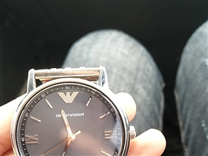 阿玛尼ar11068手表正品 八新,详情见图有轻微磨损,原价2290,用了一年多
