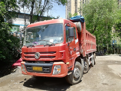 出售东风特商2014年2月260马力自卸货车一台,私人户,6米货箱,联系电话15892268157