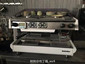 潘多拉九成新咖啡机 双头...转让 带磨豆机....3万6买的.....低价处理.