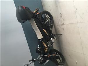 雅马哈天戟125,可验车,骑了5千多公里,3500元,联系15137981108,非诚勿扰。