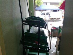 出售超市�架,四��300元,冰柜1000元,�]用多少�r�g,�架�ПP子,冰柜超�省�,