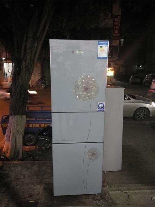 出售二手空調,冰箱,洗衣機,電視,等各種家用電器,要的聯系我。