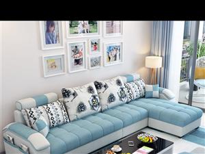 因工作调动,九成新的沙发和一台用了两三次的电子琴诚意转让。 15060277760