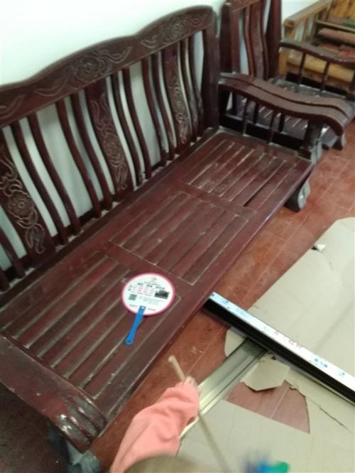 便宜处理实木条椅