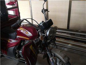 大運三輪摩托車。證件齊全。德令哈尕南莊