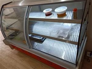 出售9.9成新冷鲜柜,1.8?60的,前后双开门!用了20天,保修5年!!!价格面议,电话13589...