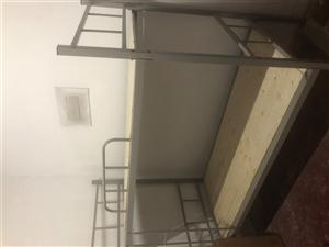 全新双层学生床,工地床,价格低,处理