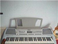 正品雅马哈36健电子琴,买的时候2600多块,孩子学了一次就不学了,闲置在家,有想要的拿走,琴超好。