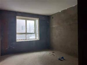 106.4平兩房兩廳一衛,毛坯,樓層好,光線好,小區停車方便。