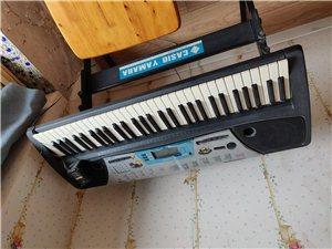 雅马哈电子琴,很早以前千多块钱买来没人用,一直闲置。200 元出售。