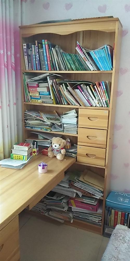 全新實木多功能書桌、書架,低價出售!