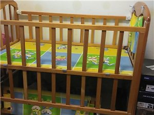 全新婴儿床,低价出售!