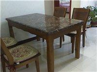 未使用的大理石餐桌面低价出售!