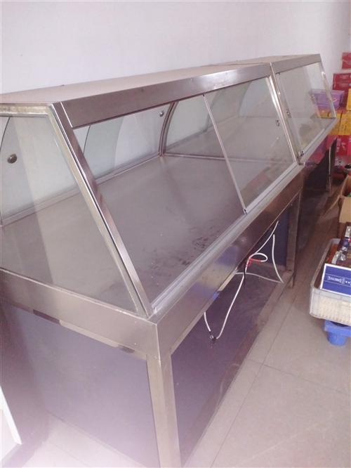 展示柜长1.2米,宽0.9米,可展售面点,熟食等
