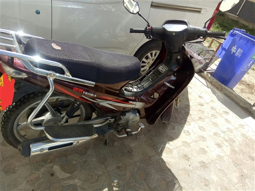 二手银钢110摩托车因闲置在家,低价出售,一年新车,有意者联系,非诚勿扰!