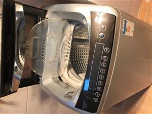 家用海尔全自动洗衣机,使用功能完好无缺,自己家用 没有任何维修损害