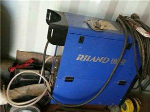 自用的电焊机,几乎没出过力,九成新没问题,低价转让!!