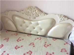 新床,几乎没用过,放家里落灰挺可惜,处理