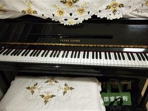 现有韩国英昌钢琴一架,九成新。有意者联系电话13864444105