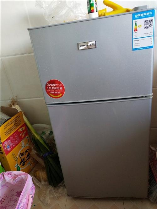 正常使用中100L熊猫小冰箱一台!低价销售