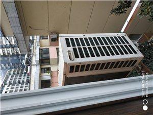 旬阳县烟草局家属楼,空调300贱卖,一切功能使用正常,可上门看货,非诚勿扰!