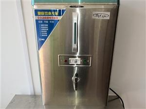 閑置物品低價出售,商用自動開水器30L,9成新