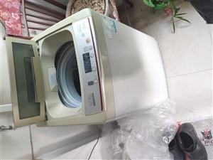 要搬家了,冰箱,洗衣�C,�崴�器�D�,全部正常使用,�崴�器只用了一年。洗衣�C300,冰箱400,�崴�器...