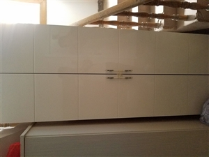 刚买一年的三个床 1.8 1.5 1.2 三个衣柜  三台空调 一台全自动洗衣机 一台杨子空调扇  ...