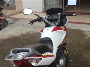 二车摩托车,买来一直闲置家里,根本没骑过,车况,车牌,保险都完好,有意私聊,非诚勿扰,谢谢