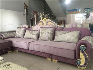 家具店�悠诽�理 �W式��木沙�l2300元 3.6米×1.9米 不分左右 �o送� �C���y得就一套