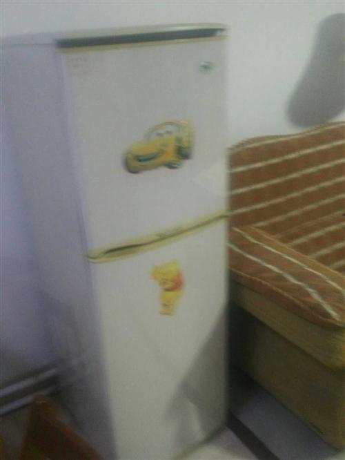 冰箱6成新,在家闲置,转让,有意者请联系13805448718