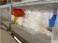 出一个冰柜2.2米的,因为旧了,刚替换下来的,不合适放店面展示,用来做仓库放东西非常合适,有需要的滴...