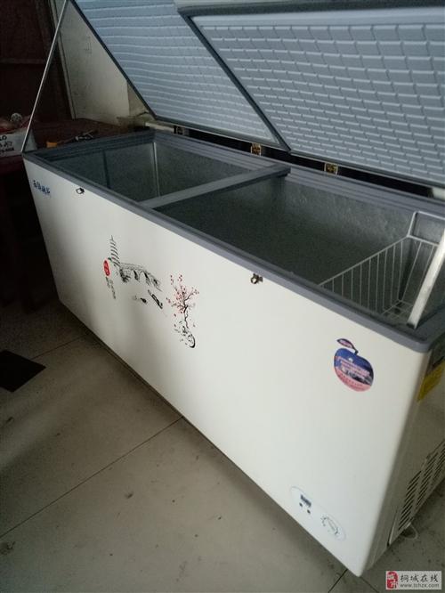 9成新冰柜一台价,还有一台带操作台冰柜,的格面议食堂操不锈钢操作台2个4米x1米