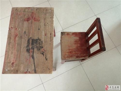 桌子(学生桌)带凳出售、出租。办培训班的好选择。