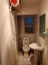 七一北路花园街电业局宿舍2室 1厅 1卫750元/月