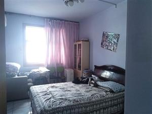 幸福路3室 2厅 1卫30万元