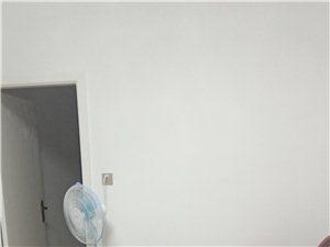 银华府第3室 1厅 1卫42万元