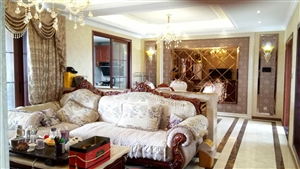 豪生4室 2厅 2卫75.8万元