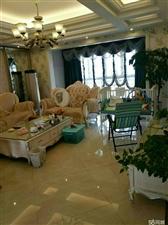 桂花苑4室 2厅 2卫81.8万元