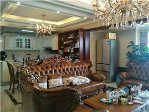 江语长滩正临江3室 2厅 2卫豪装148万元
