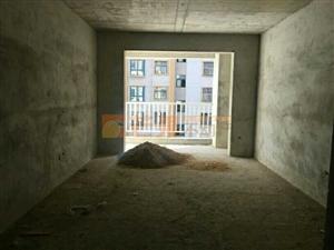 九龙世家中心位置便宜出售,两套毛坯三房好楼层